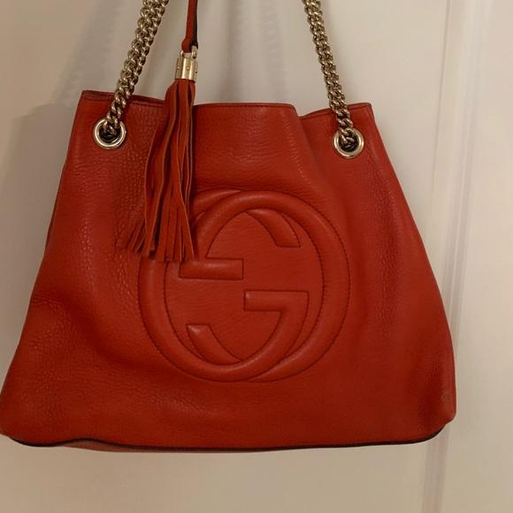 Gucci Handbags - Gucci Soho Chain Strap Shoulder Bag